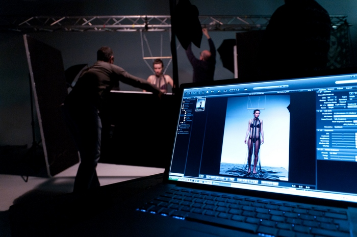 10AM_backstage-31